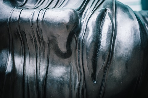 Скульптура на основе фотографии и авторские права.