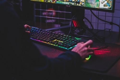 Музыка в компьютерной игре нарушает права автора