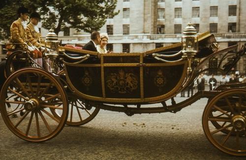 Елизавета II выиграла суд