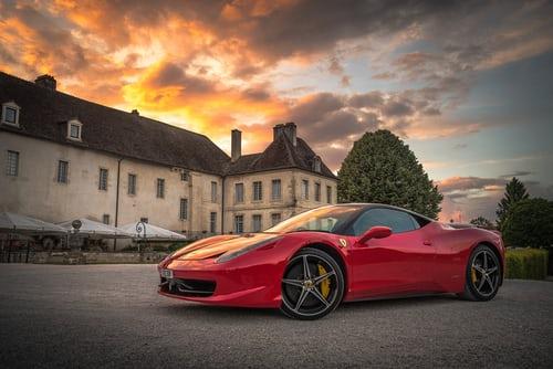 Ferrari vs Plein