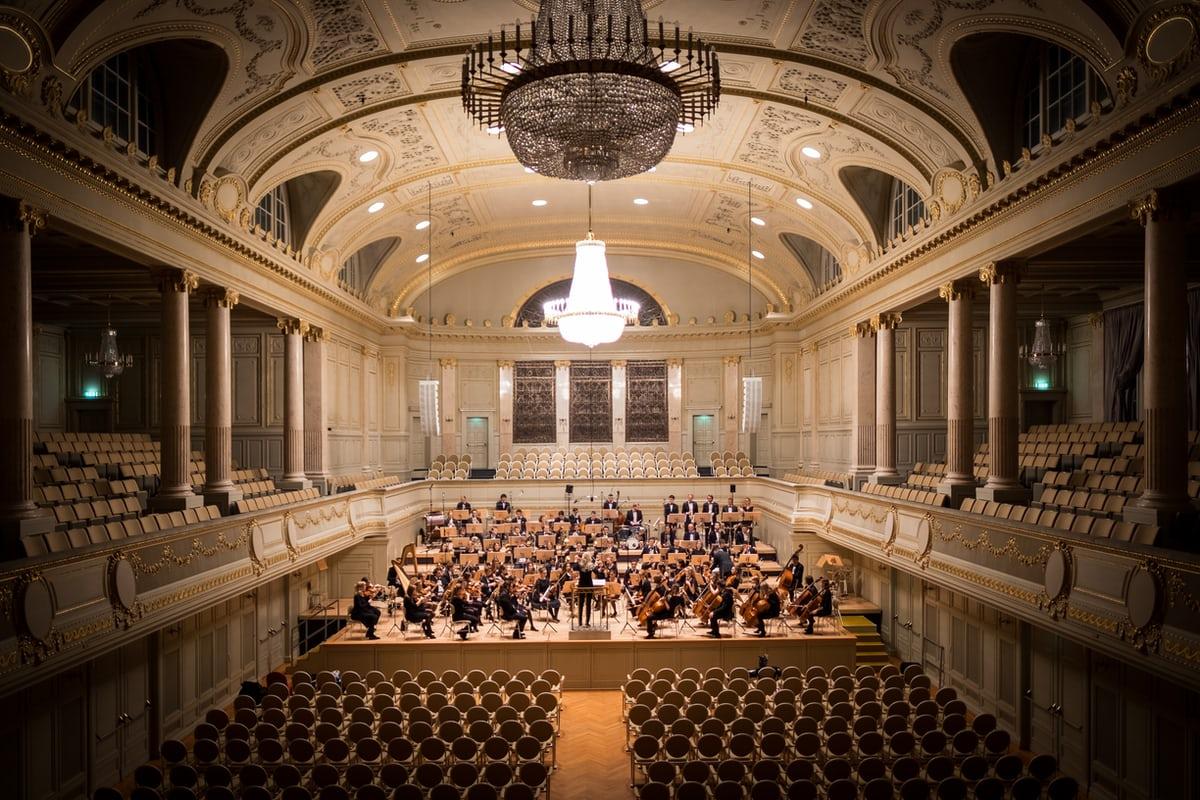 Алгоритмы против классической музыки